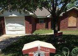 William St - Repo Homes in Uvalde, TX