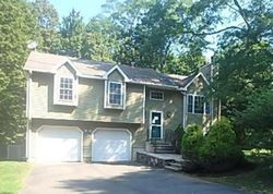 Whitney Pl - Repo Homes in Naugatuck, CT