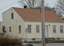 W Main Rd - Repo Homes in Middletown, RI