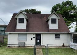 Walnut St - Repo Homes in Metairie, LA