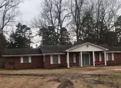 Mimosa Rd - Repo Homes in Broken Bow, OK