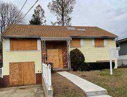 Westbury #29931223 Foreclosed Homes